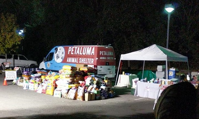 Petaluma Animal Services helps California wildfires victims